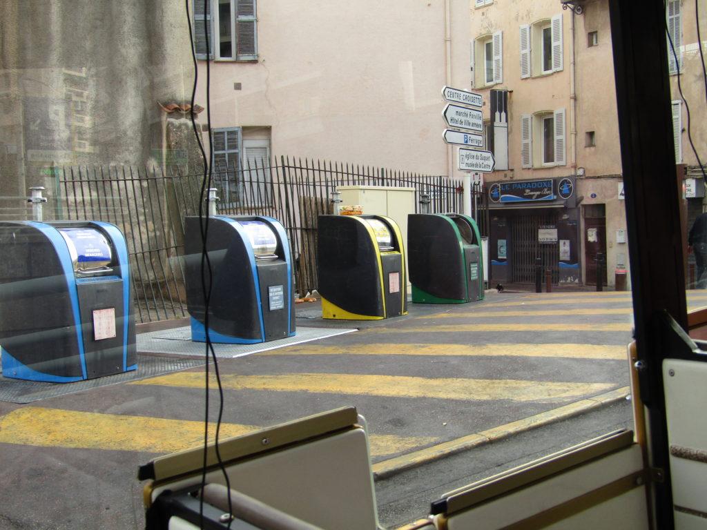 Système de recyclage pour l'écocivisme