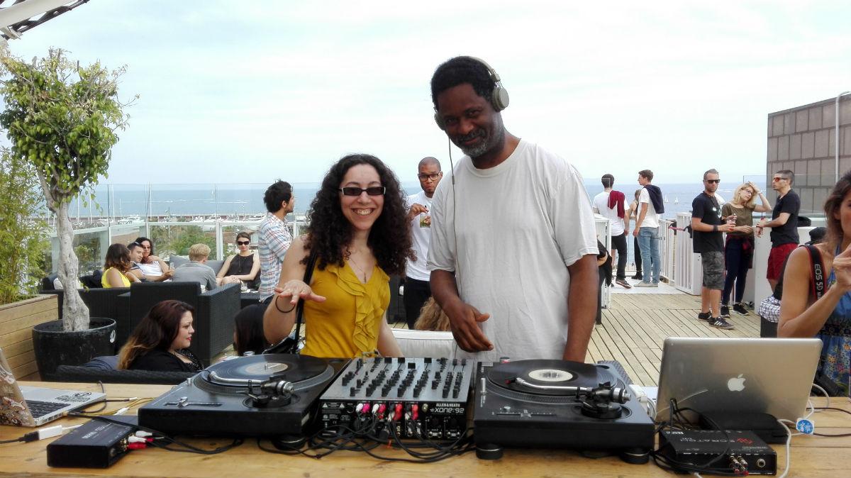 Rooftop Catwalk Barcelone DJ TBird