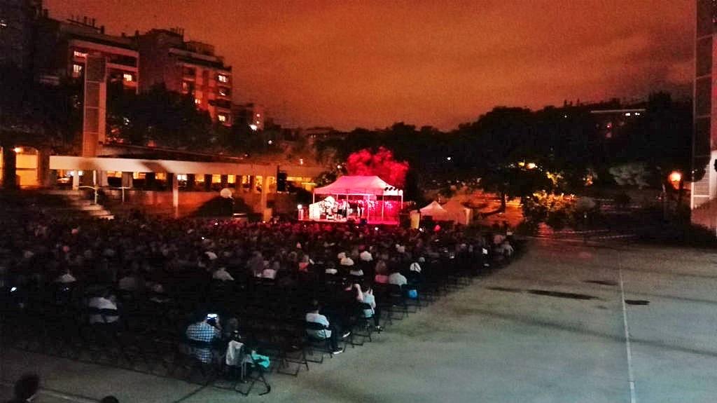 Musique au Parc du Clot à Barcelone
