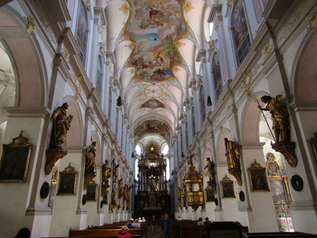 Peterskirche Munich incontournable