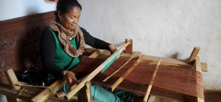 Madagascar craft woman sewing