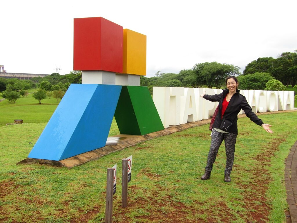 Énergie renouvelable de la centrale hydroélectrique d'Itaipu à Iguazu
