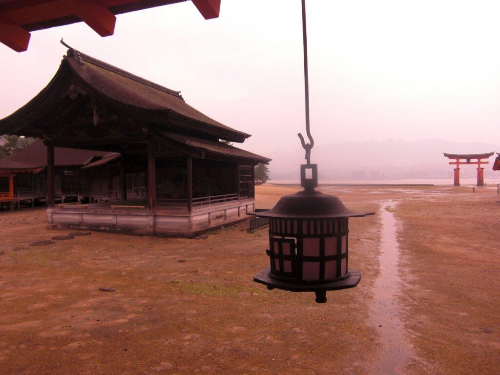 Low tide Miyajima island Torii view