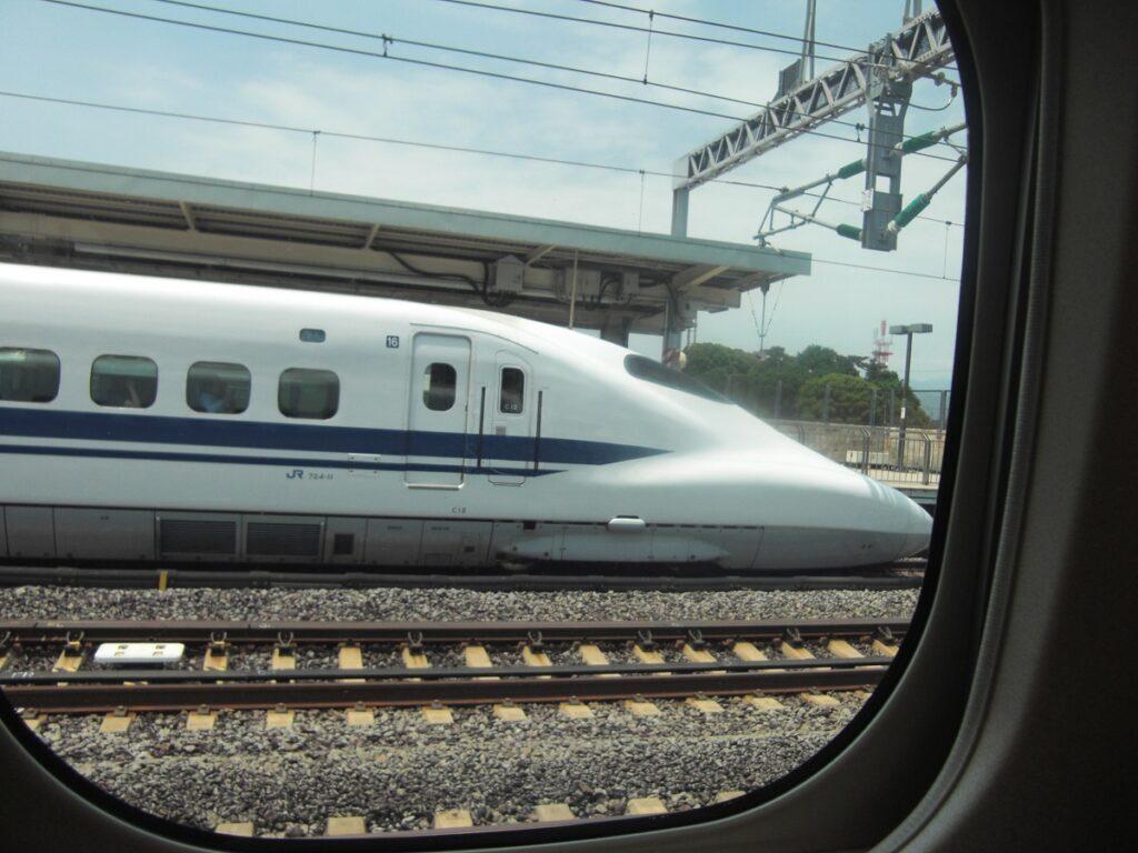 Shinkansen from Tokyo to Hiroshima via Osaka